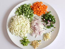 Chinese fried rice recipe how to make chinese veg fried rice step 1 forumfinder Gallery