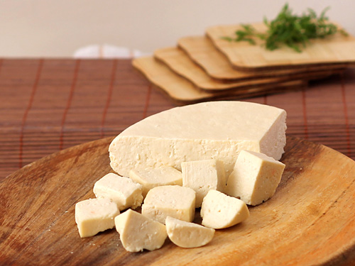 Homemade Paneer Recipe - Step by Step Photo Guide to Make Paneer at ...