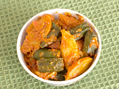 How to Make Dry Aloo Bhindi