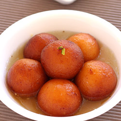 Gulab Jamun with Khoya