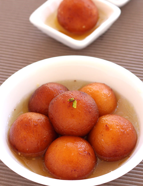 Easy Gulab Jamun with Mawa