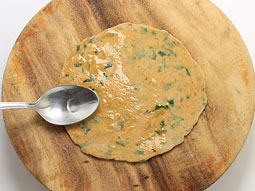 how to make methi paratha step by step