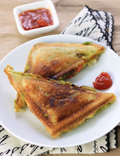 Veg masala toast sandwich recipe mumbais favorite aloo toast aloo toast sandwich recipe forumfinder Image collections