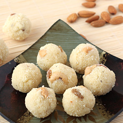 Rava Laddu with Coconut