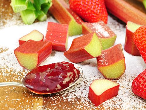 Strawberry Rhubarb Jam - Fruit Preserve with Pectin