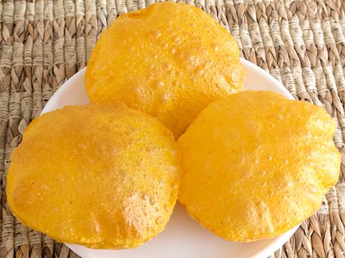 Fluffy Masala Puri