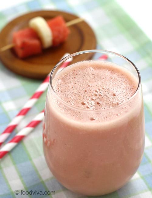 Watermelon Smoothie Recipe with Yogurt